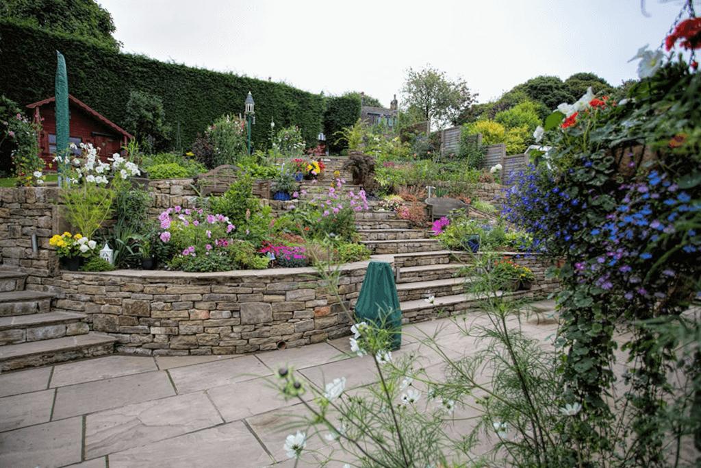 Landscape Creations – Hillside Terraced Garden 2