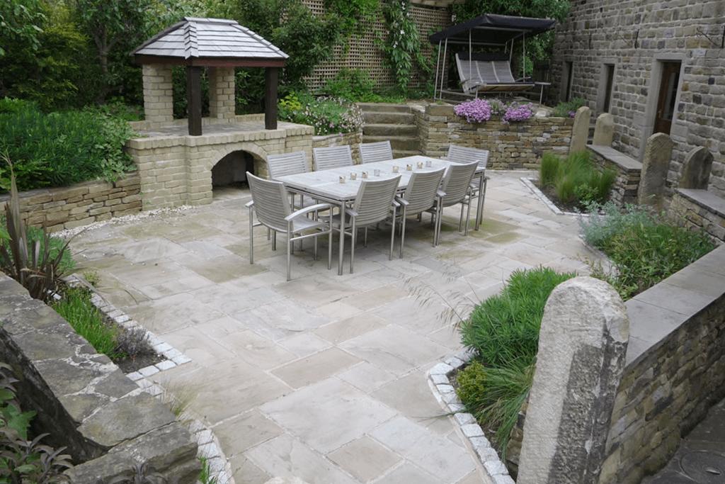 Landscape Creations – Relaxing Garden For Entertaining 1